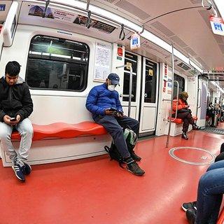 İtalya'da korona virüsü korkusu tren seferlerini aksattı