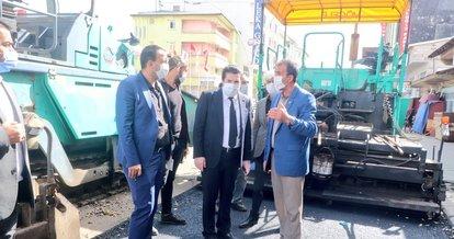 Ağrı Belediye Başkanı Sayan çöp topladı, temizlik yaptı