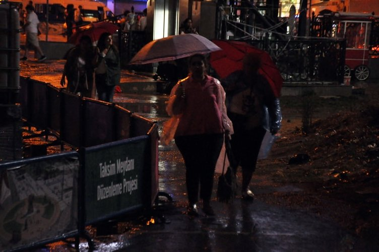 İstanbul'dan yağmur manzaraları 23.08.2015