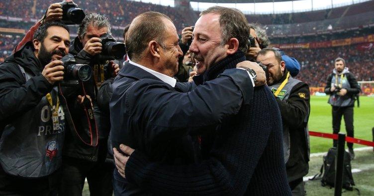 Son dakika: Şampiyonluk yarışında düğüm çözülüyor! İşte Galatasaray - Beşiktaş derbisinin muhtemel 11'leri...