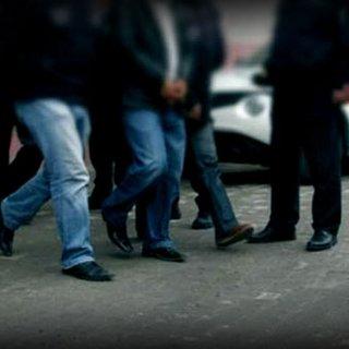 Başkale'de 5 yabancı uyruklu yakalandı