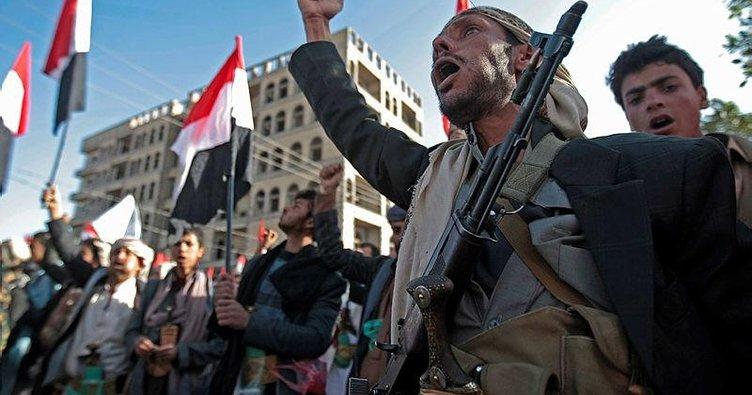 Yemen'de Husiler füzeler ve İHA'larla saldırdı: 8 ölü, 27 yaralı