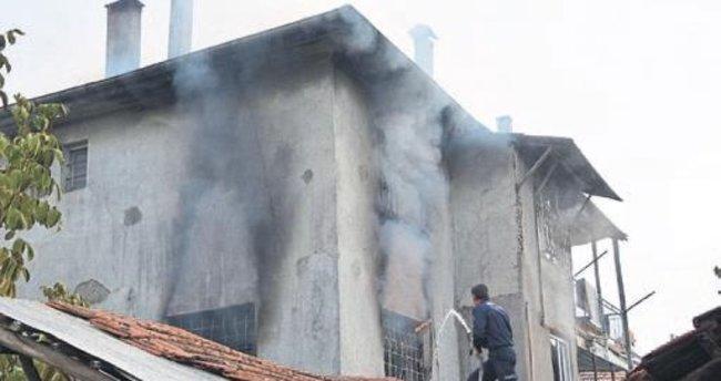 Suriyelilerin evinde yangın