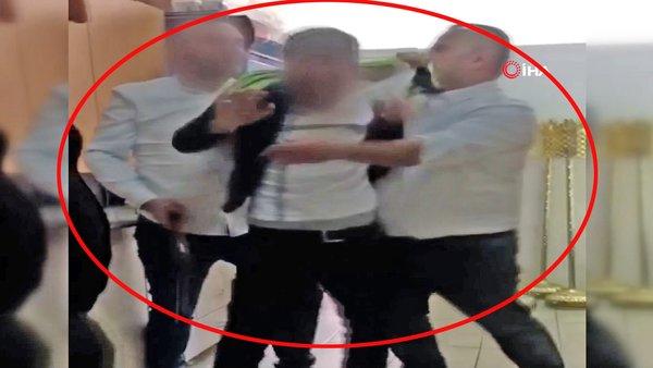 Son dakika haberi... İstanbul'da kadınlara musallat olan sapığa feci dayak kamerada   video
