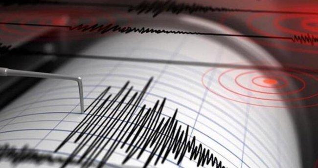 Japonya'da 5.5 büyüklüğünde deprem!