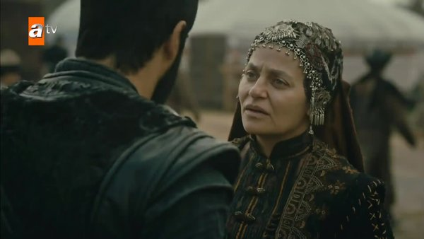Kuruluş Osman son bölümde Osman Bey, Targun Hatun'u obaya getiriyor! | Video