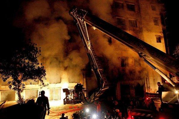 Bangladeş'te korkunç yangın