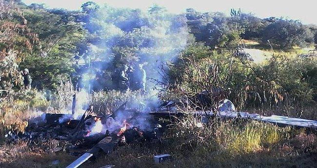 Meksika'da saldırıya uğrayan polis helikopteri düştü: 4 ölü