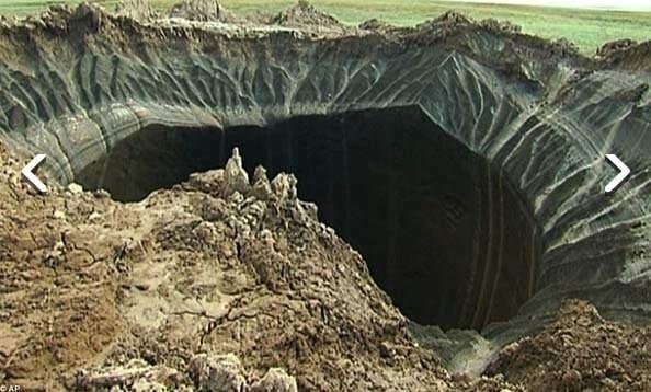 Rusya'daki dev delik