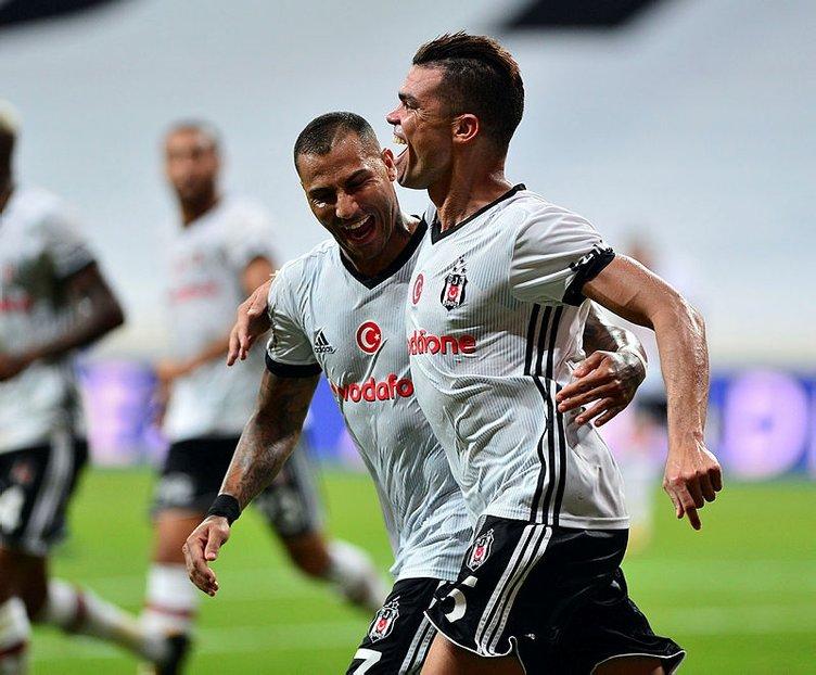 Spor Toto Süper Lig'in ilk transferi Beşiktaş'tan!