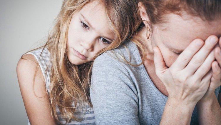 Korumacı anne babaların çocukları obez olabilir!