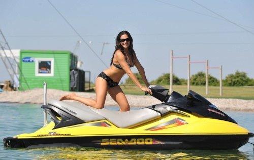 Playboy güzelinin Antalya sefası