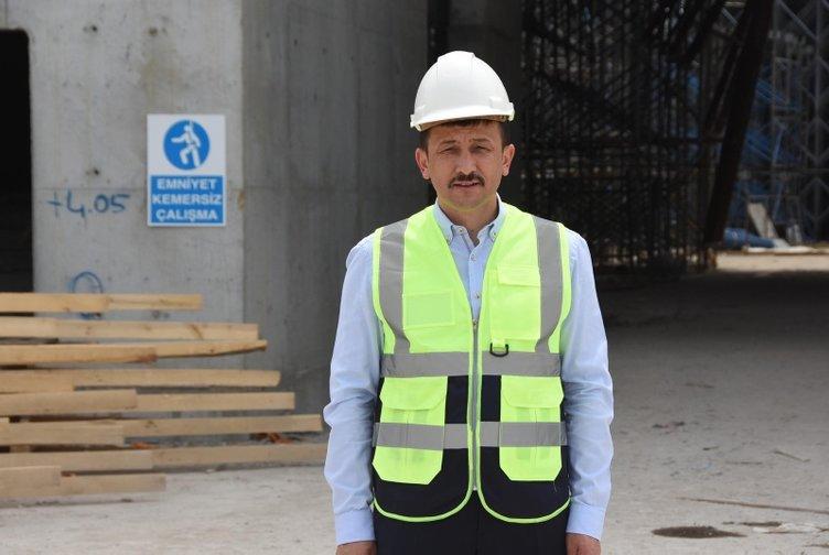 İzmir'deki 15 bin kişilik caminin inşaatı neredeyse bitti