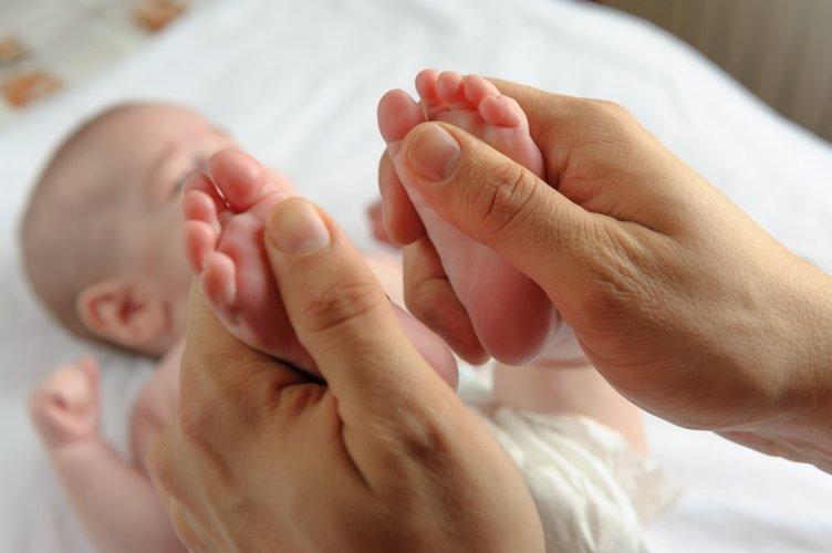 Bebeklere çok iyi gelen sakinleştirici masaj!