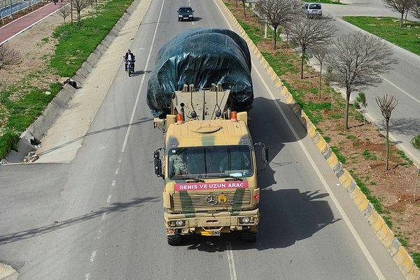 Zeytindalı harekatı kapsamında Afrin'e sevkiyat devam ediyor