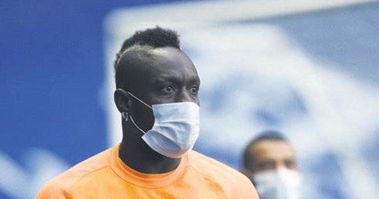 Mbaye Diagne'den çift forvet mesajı