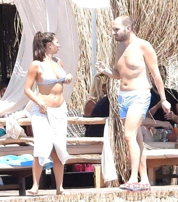 Demet Özdemir'in kahkahaları plajı inletti! Demet Özdemir tatile doyamadı!