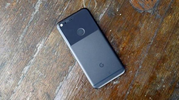 Google'ın telefonlarına Apple dokunuşu