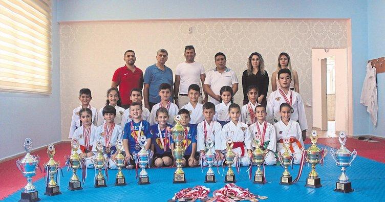 Kur'an öğrenip şampiyon oldular