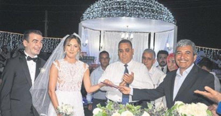 AK Parti ilçe Başkanı Gül, oğlunu evlendirdi