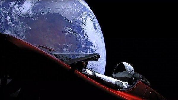 Boeing'den Elon Musk'a gönderme
