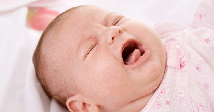 Bebeklerde idrar yolu enfeksiyonu belirtileri...