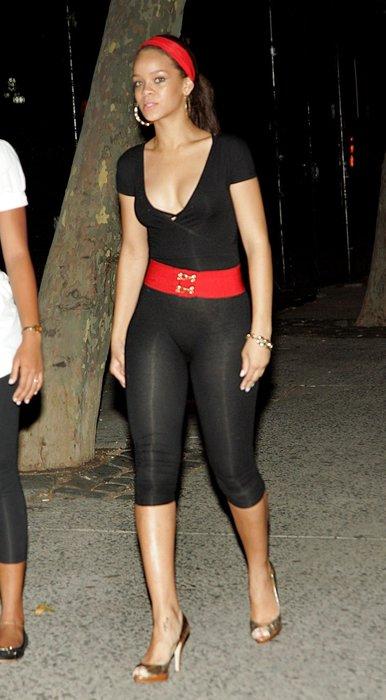 Rihanna'nın bu görüntüsü şaşırttı!
