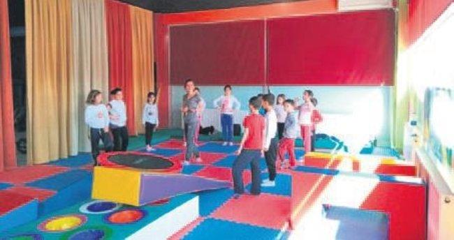 Pursaklar Belediyesi'nden profesyonel çocuk jimnastiği