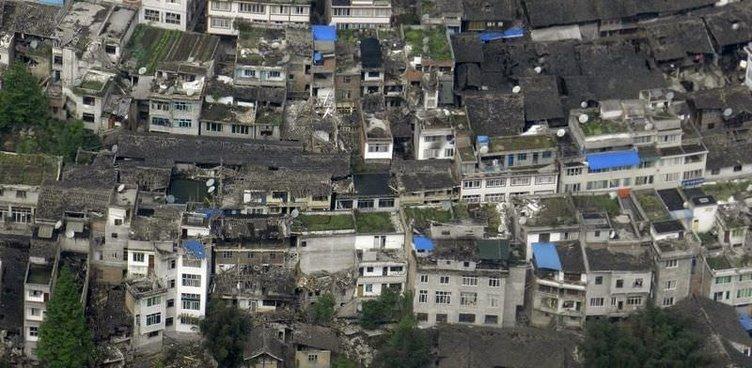 Çin'de deprem