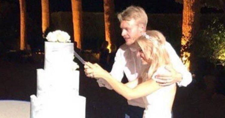Fenerbahçeli yıldız oyuncu Simon Kjaer evlendi