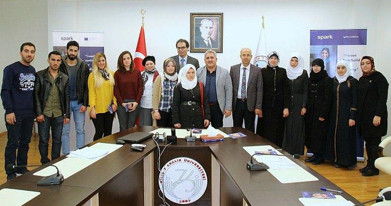 Suriyeli üniversite öğrencilerine burs desteği