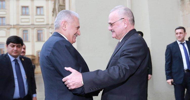 Başbakan Yıldırım, Azerbaycan'da 6. Küresel Bakü Forumu'na katıldı