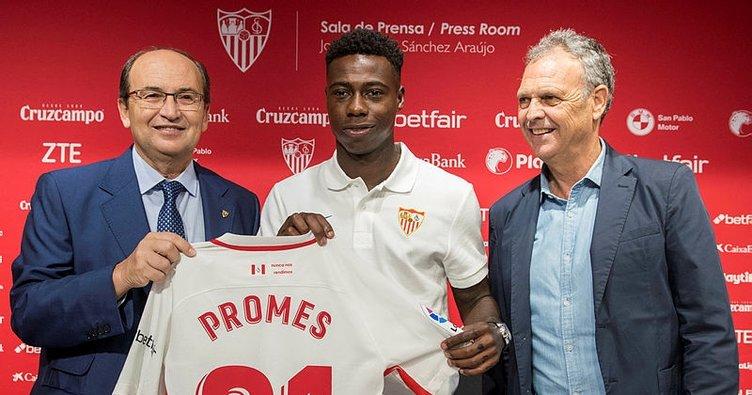Sevilla'ya Quincy Promes'i kadrosuna kattı