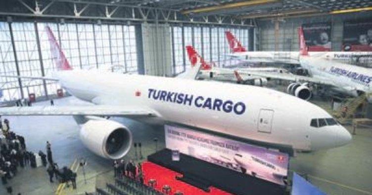 THY Kargo ilk Boeing 777 uçağını teslim aldı