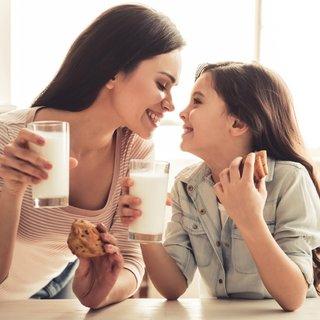 21 Mayıs Dünya Süt Günü: Akşam uyumadan önce 1 bardak süt!