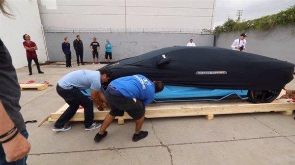 Lamborghini nasıl teslim edilir