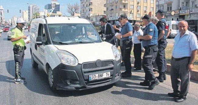 Erdemli Protokolü Sürücüleri Uyardı, Trafikte öncelik