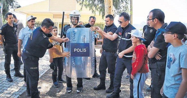 Polis amca şefkati