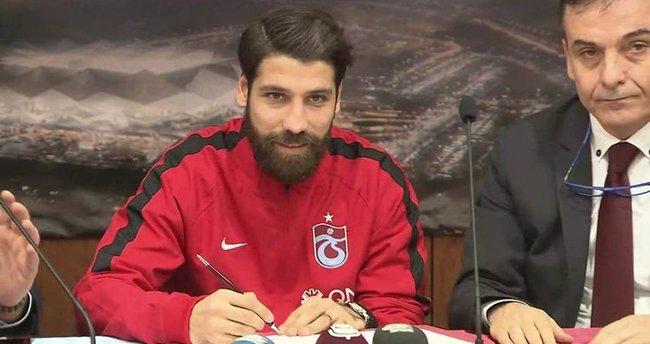 Olcay Şahan Trabzonspor'la resmen imzaladı