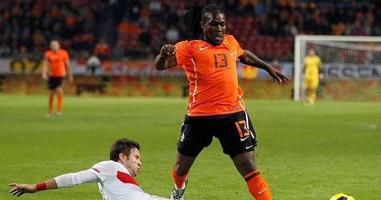Bir dönem Türkiye'de forma giyen Drenthe dizi oyuncusu oldu