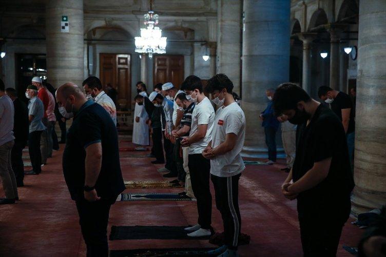 Son dakika! 3 ay sonra camilerde yeniden sabah namazı