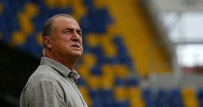 Fatih Terim'den Deportivo forması giyen Emre Çolak'a veto!