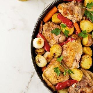 - bol sebzeli pratik tavuk yemegi 1595396841163 - Bol sebzeli pratik tavuk yemeği Tarifi – Et Yemekleri