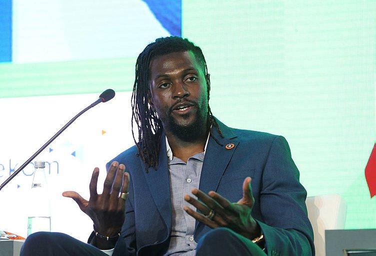 Babel, Gomis ve Adebayor Uluslararası Futbol Ekonomi Forumu'nda konuştu