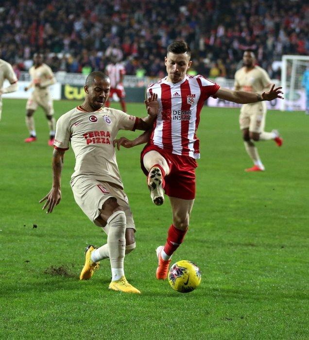 Transfer savaşı başladı! Fenerbahçe ve Galatasaray...