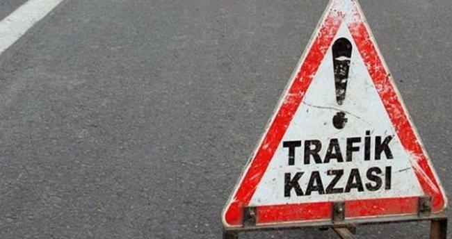 Tokat'ta iki otomobil çarpıştı: 10 yaralı