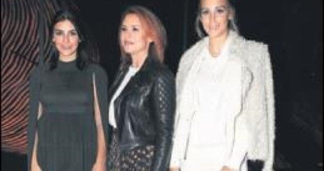 Fashion Week'te ünlüler geçidi