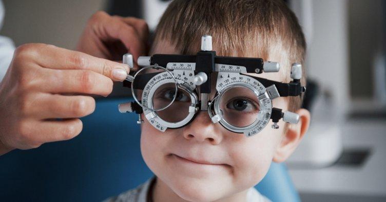 Çocuklarda 'göz tembelliği' uyarısı