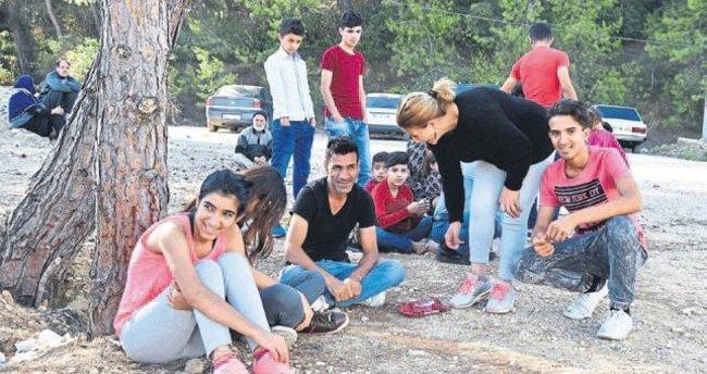 Suriyeli 105 kaçak yakalandı