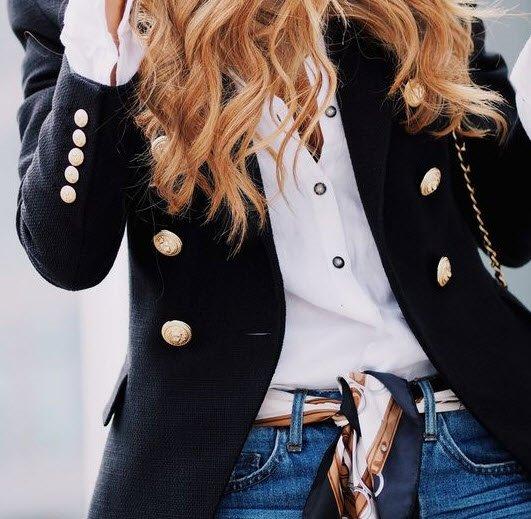 Yeni trend: Fuları boynunuza değil belinize takın!